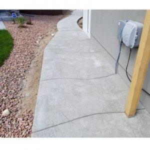 Sidewalk with Flagstone Cut Finish 1